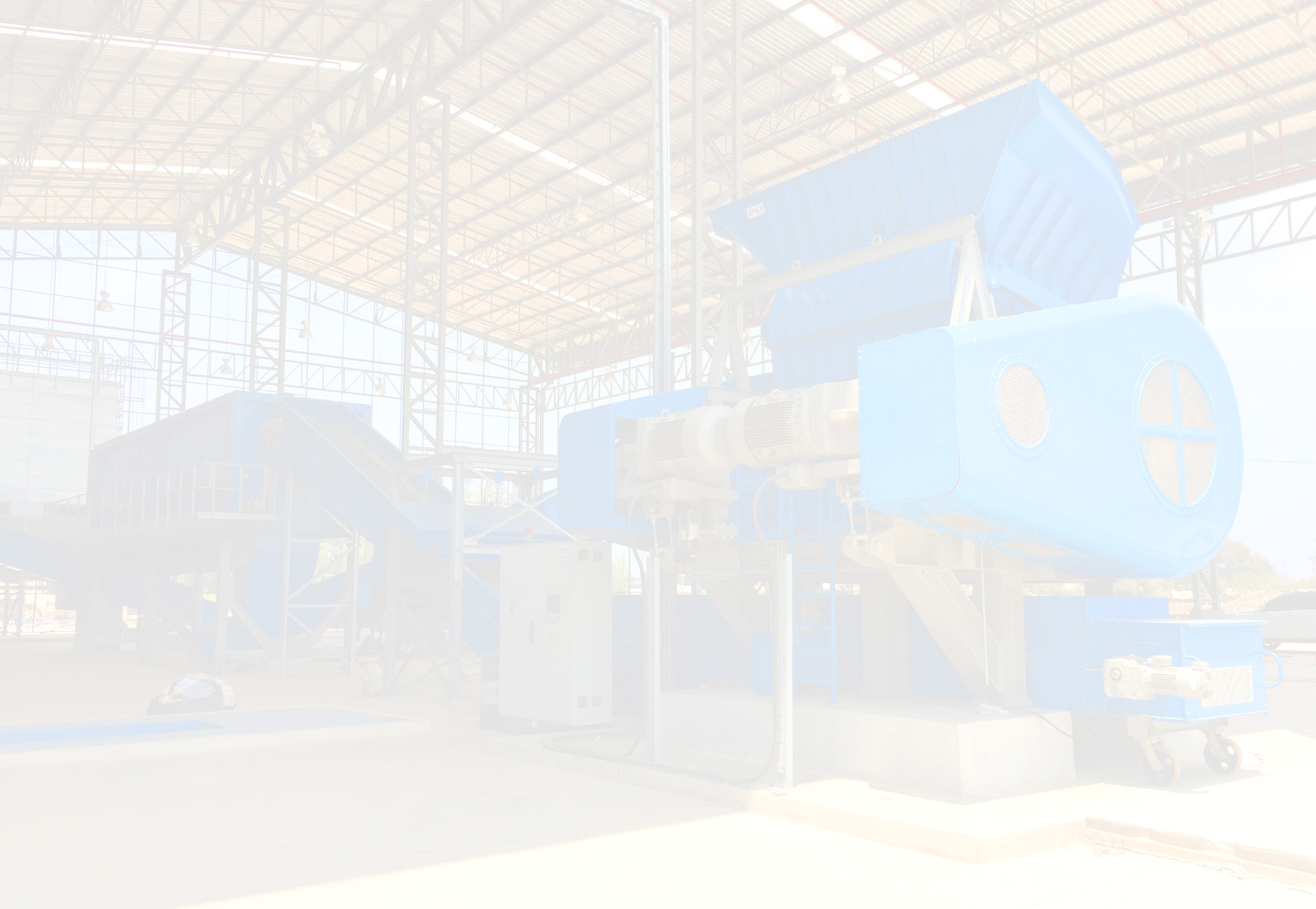 Donasonic Waste to Energy, Single Shaft Shredder - Thunderstom Recycling Machine